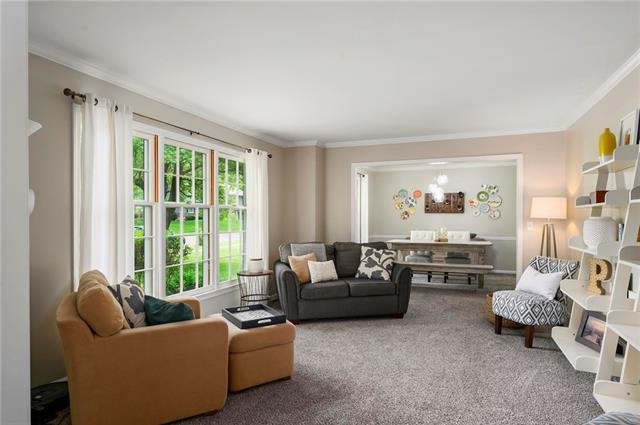 6501 W 102nd Street Property Photo