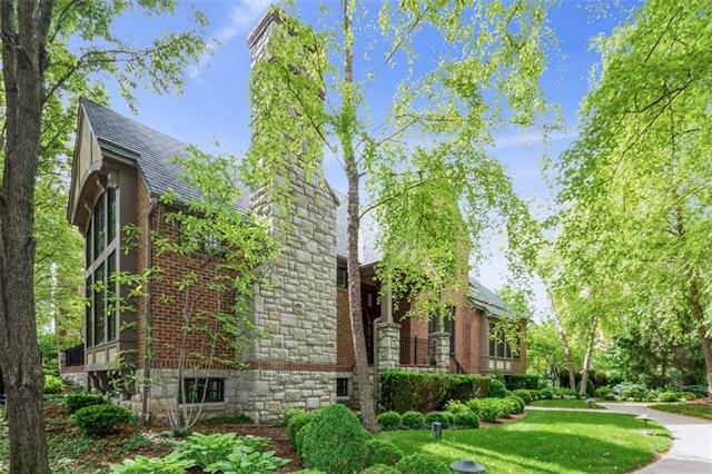 4935 Central Street Property Photo 1