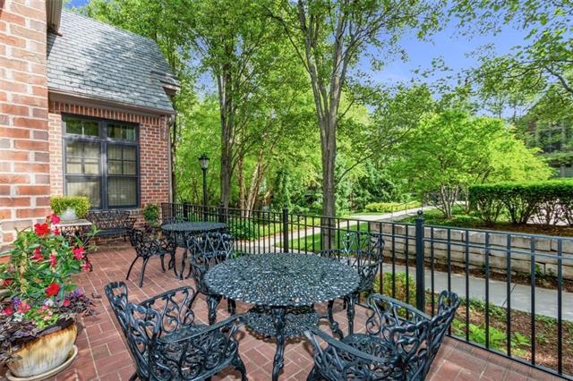 4935 Central Street Property Photo 32