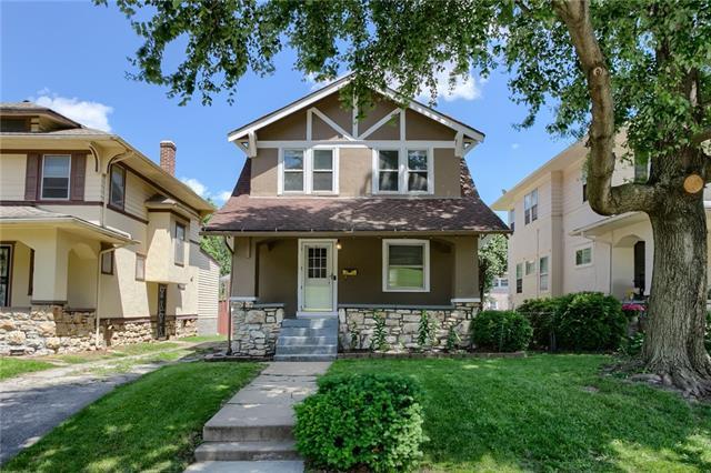 325 N Lawn Avenue Property Photo