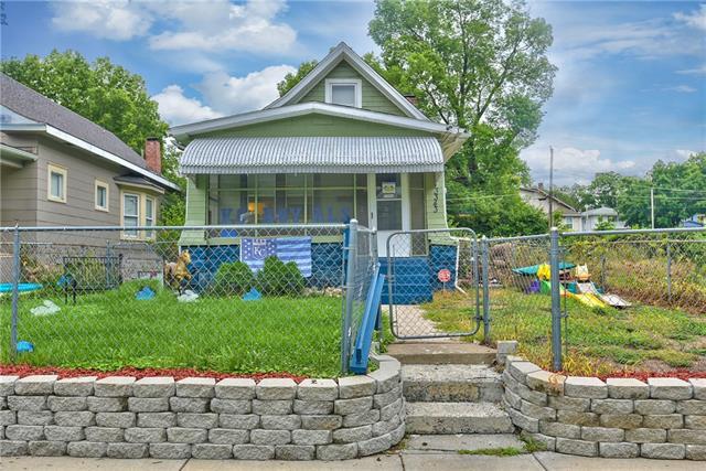 3343 Chestnut Avenue Property Photo