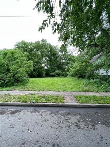 3327 Chestnut Avenue Property Photo