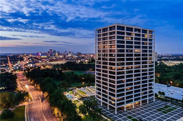 700 W 31st Street #1204 Property Photo 1