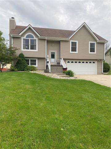 804 E 4th Street E Property Photo 1