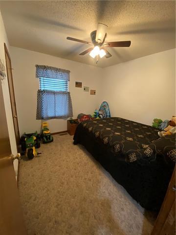 804 E 4th Street E Property Photo 10