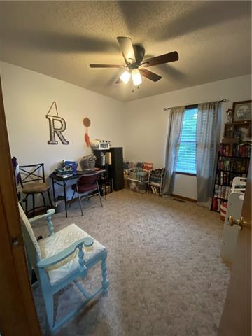 804 E 4th Street E Property Photo 11