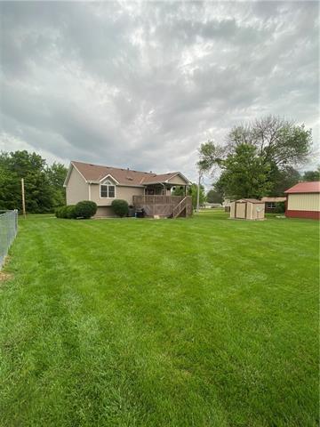 804 E 4th Street E Property Photo 20
