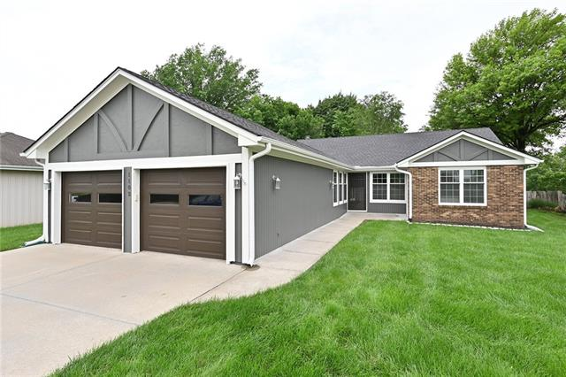 1102 Hampton Drive Property Photo 1