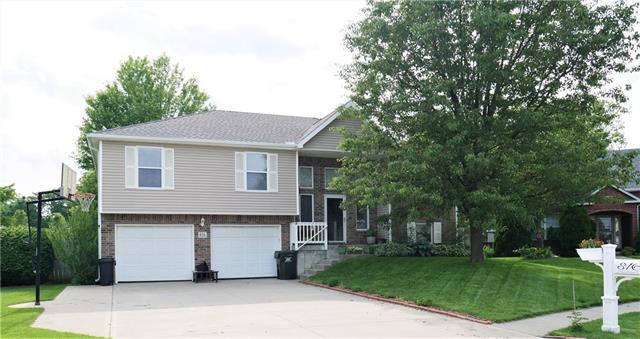 816 Hazelwood Court Property Photo 1