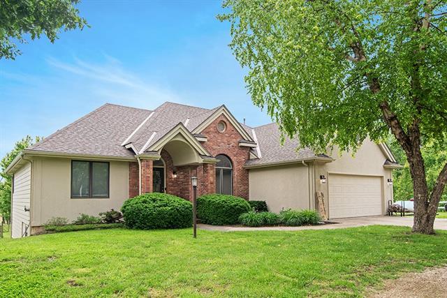 878 E 1650 Road Property Photo