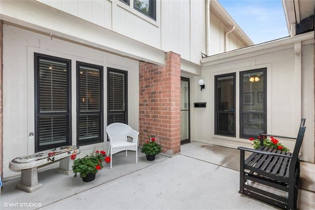 6250 Ash Street Property Photo