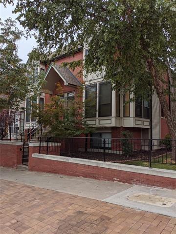 451 W 10th Street Property Photo