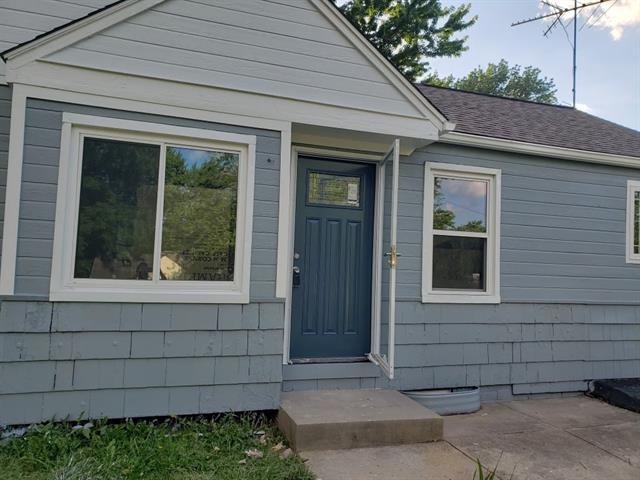 4526 N Walrond Avenue Property Photo