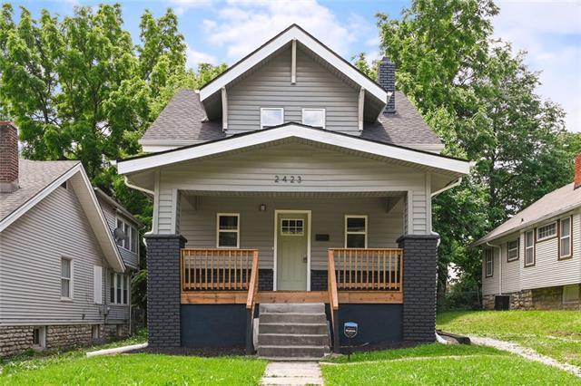 2423 68th Street Property Photo
