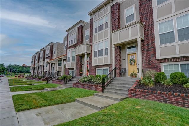 3003 Swift Avenue Property Photo 1
