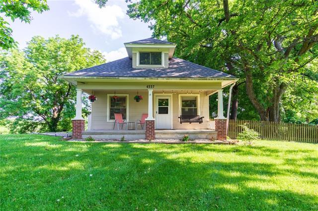 4537 Ne 38th Street Property Photo