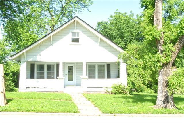 9 N Maple Street Property Photo