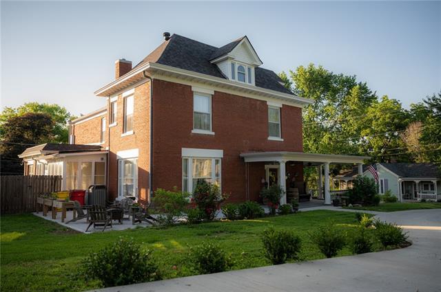 1618 State Street Property Photo