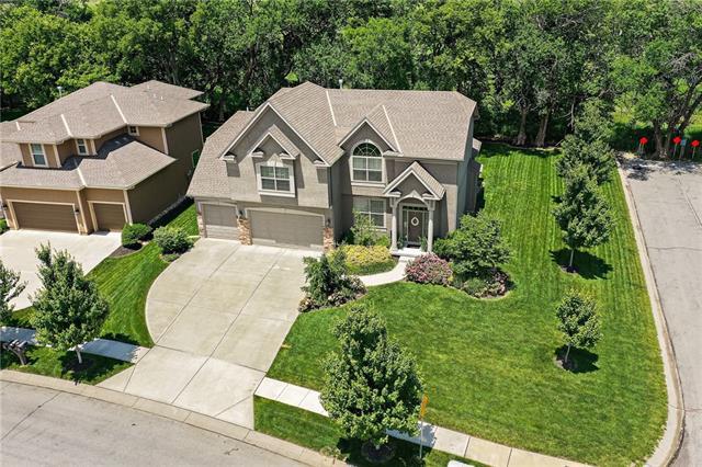 15410 W 163rd Terrace Property Photo 1