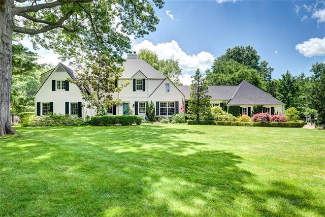 6815 W 67 Street Property Photo 1