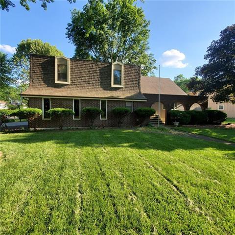 Blue Vue Hills Real Estate Listings Main Image
