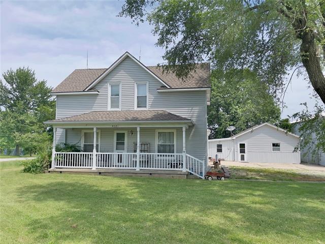 4021 E 10th Street Property Photo