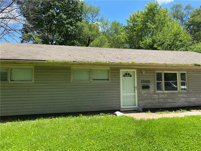 10805 Bennington Avenue Property Photo