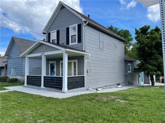 2217 Lawrence Avenue Property Photo 1