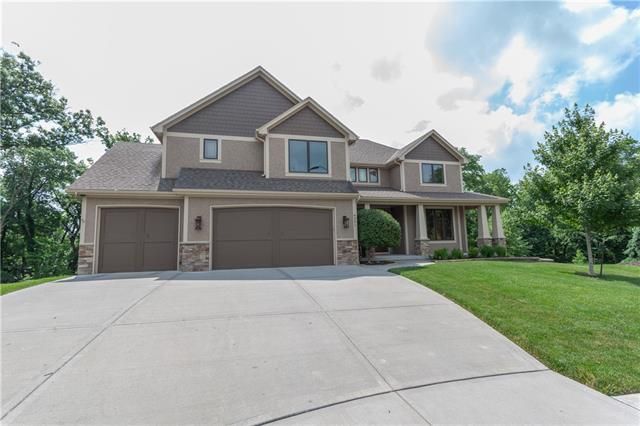 9201 N Overton Avenue Property Photo