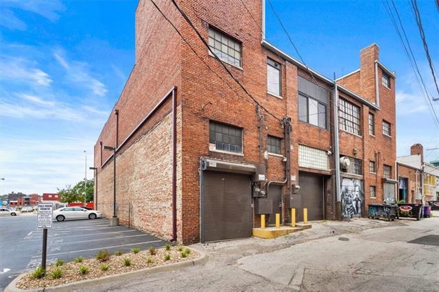 1729 Mcgee Street Property Photo 6