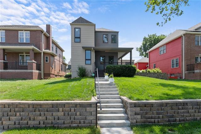 2445 Tracy Avenue Property Photo