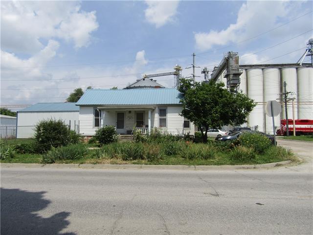 300 Fairground Avenue Property Photo