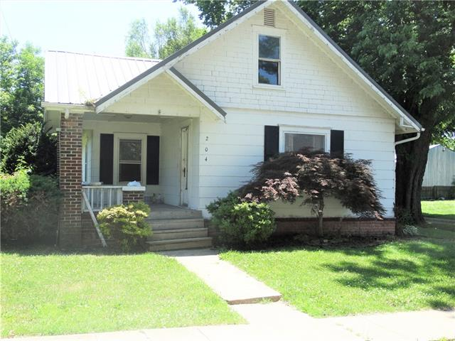204 W Elm Street Property Photo