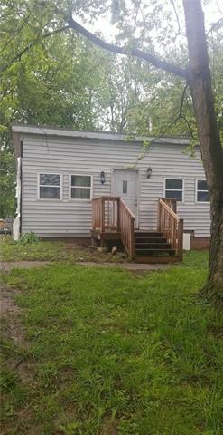 1225 S Cedar Avenue Property Photo