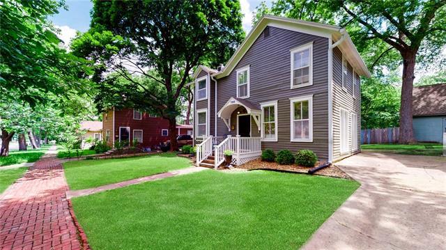 730 Illinois Street Property Photo