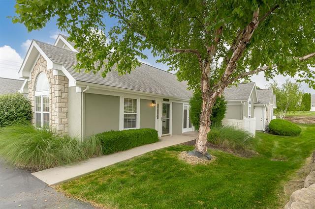 23421 W 71st Terrace Property Photo