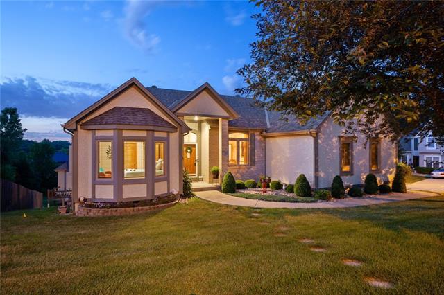 12311 Oak Street Property Photo