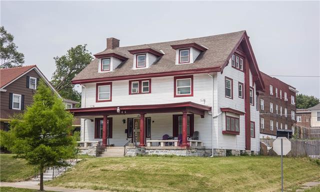 144 N Van Brunt Boulevard Property Photo