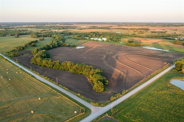 Se 1200 Road Property Photo