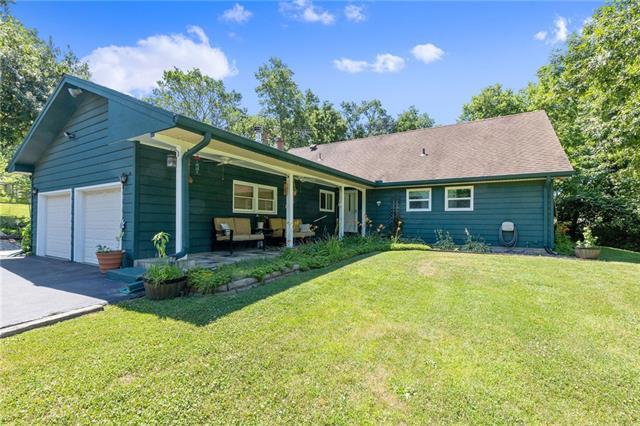 12411 Woodland Avenue Property Photo