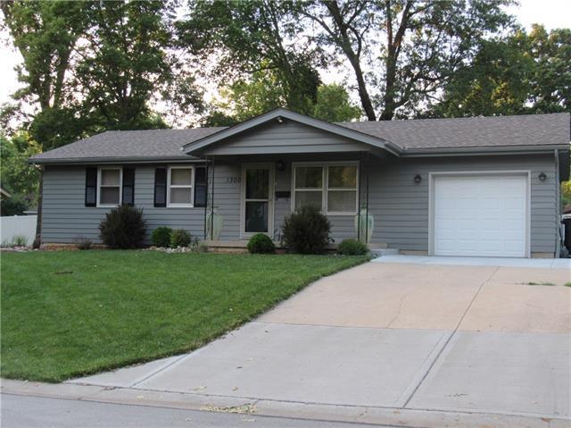 1300 Edgevale Terrace Property Photo