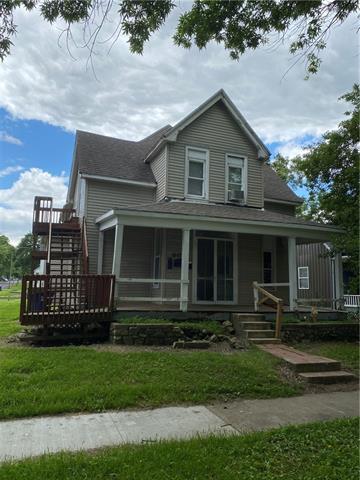 213 S Grand Avenue Property Photo