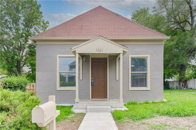 1261 Custer Avenue Property Photo