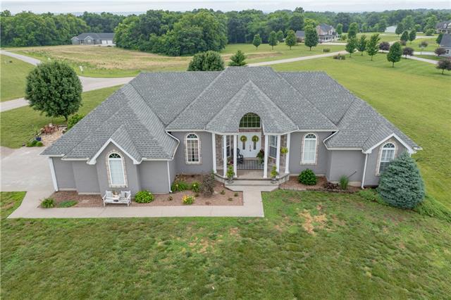 10270 Oak Lane Property Photo