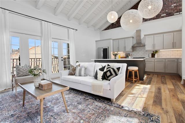 Bella Condominiums Real Estate Listings Main Image