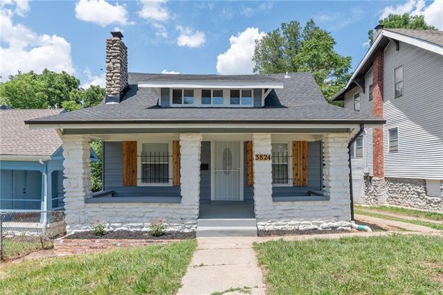3824 E 68 Street Property Photo
