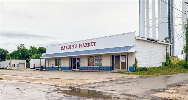 200 E Main Street Property Photo