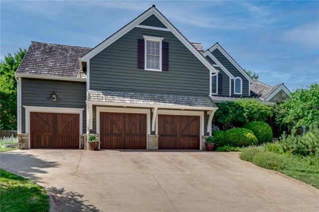 1718 Bobwhite Drive Property Photo 1
