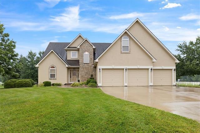 9312 E Pleasant Avenue Property Photo