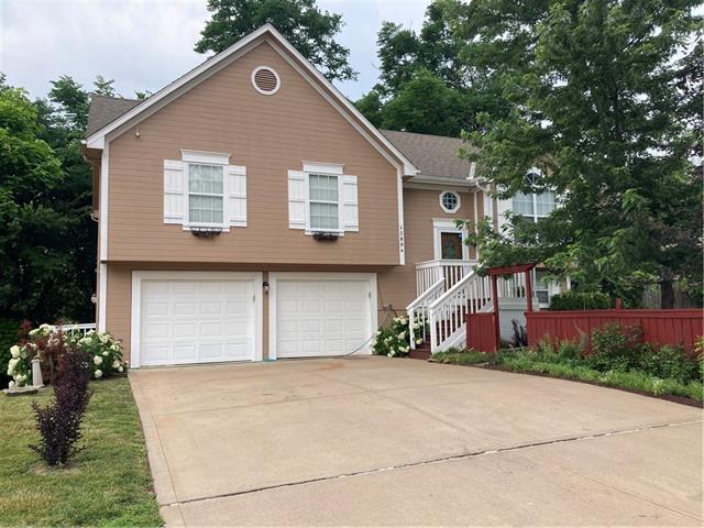4700 Real Estate Listings Main Image
